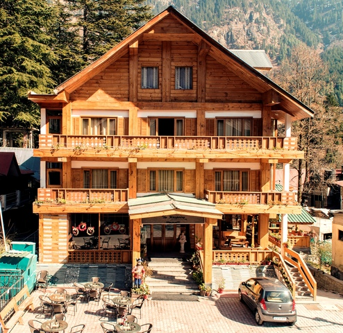 The Whispering Inn Hotel Manali