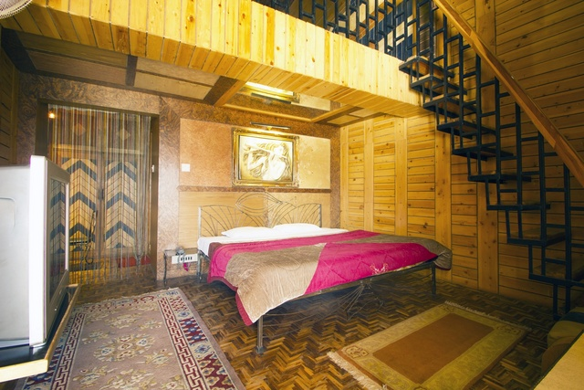Snow Line Hotel Manali Rooms Rates Photos Reviews